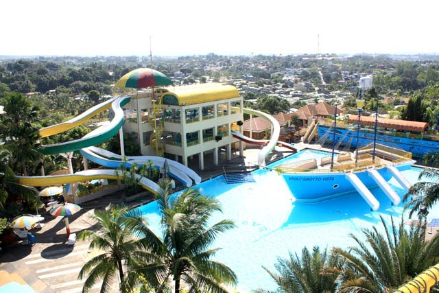 Beach Resorts In Bulacan Area