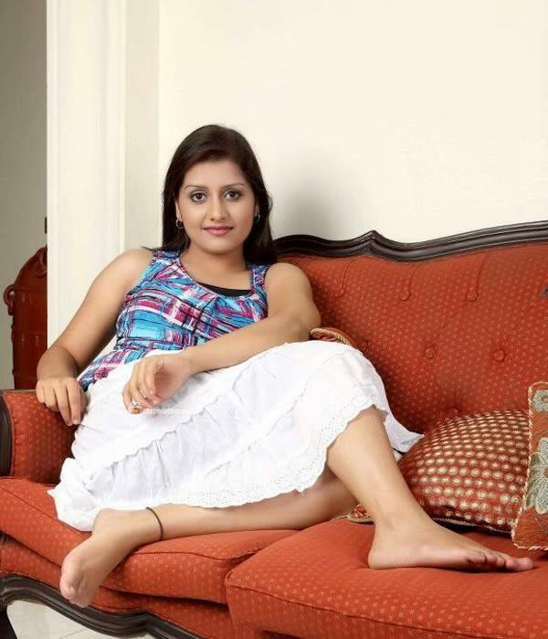 Malayalam sexy actress Sarayu