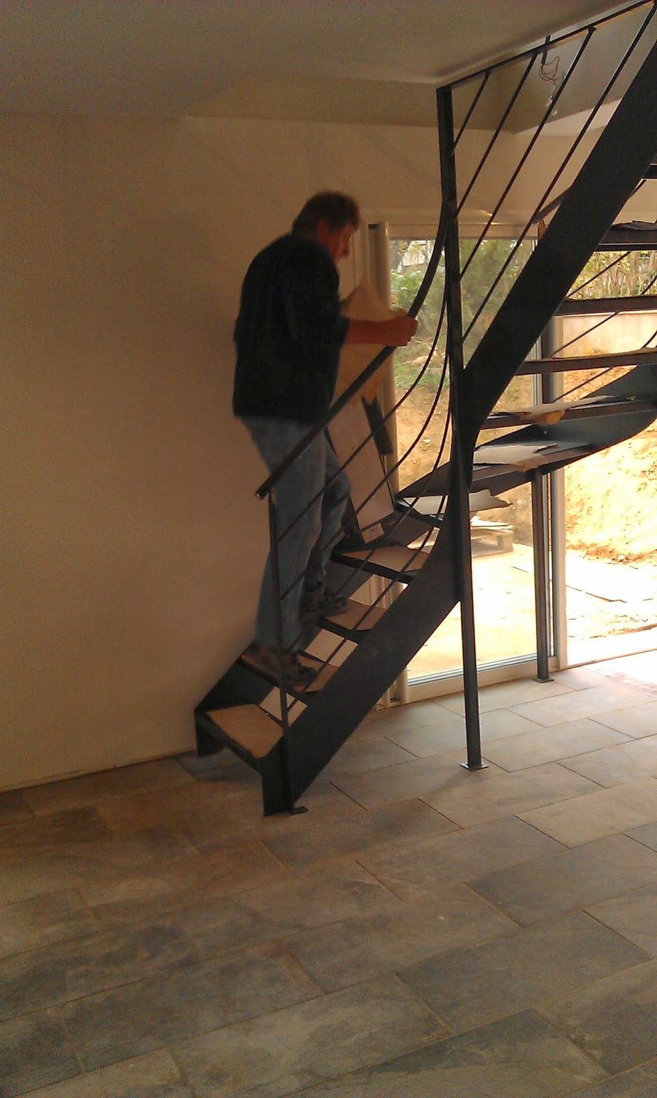 R novation maison plan favier pose de l 39 escalier for Ouvrir une tremie pour escalier