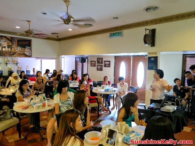 Avene, Vanity Trove Beauty Workshop
