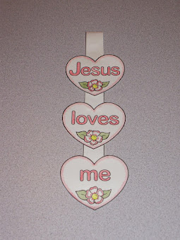A kids' craft project to celebrate the greatest love of all!