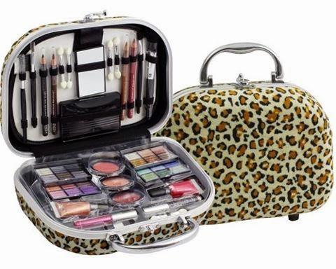 http://www.pinceisemaquiagem.com.br/categories/Maleta-para-Maquiagem/