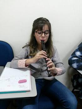 LIVIA - ESTUDANTE DE INGLÊS