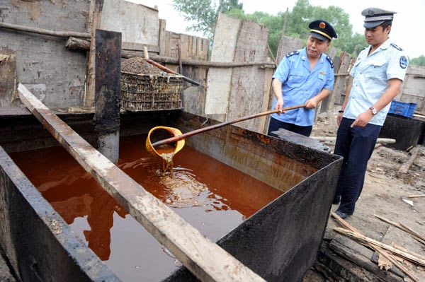 WARNING: Gutter Oil In China Used For Cooking