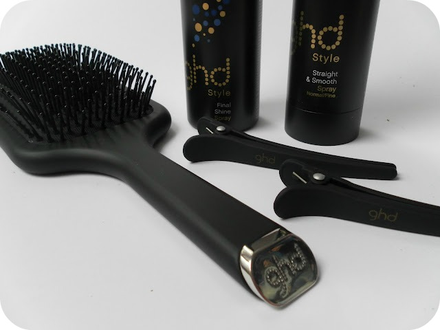 A picture of GHD Style & Protect Set