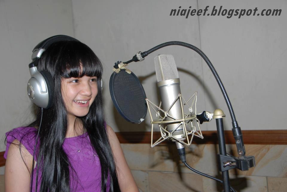 Bella Graceva Amanda Putri (Rekaman)