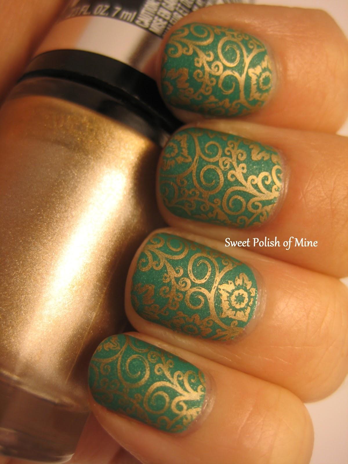 Sweet Polish of Mine: Sunday Stamping: Bold Gold over Zuza