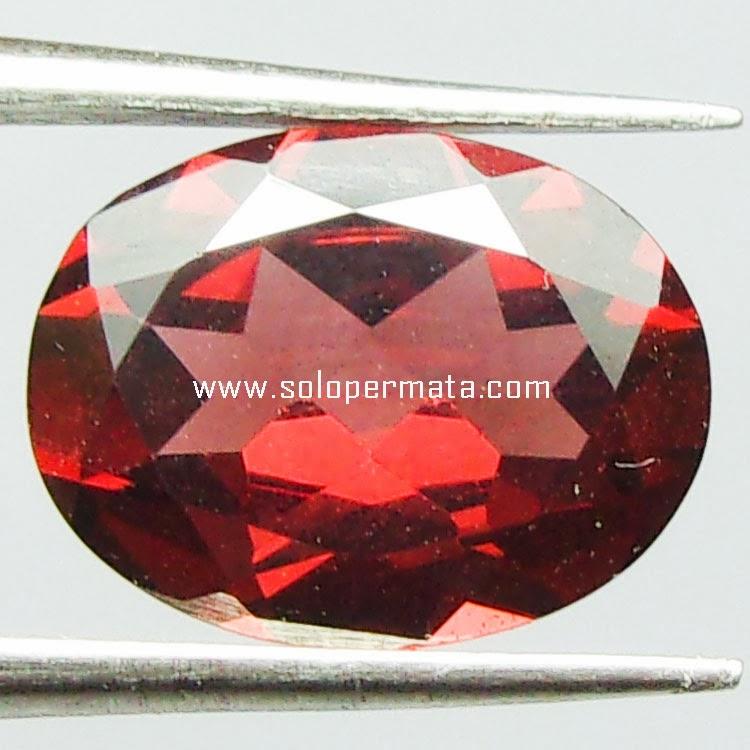 Batu Permata Almandine Garnet - 29A06