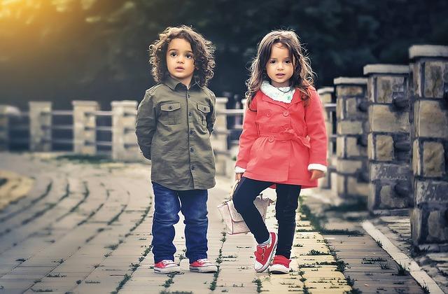 Pilihlah Pakaian Sesuai Umur