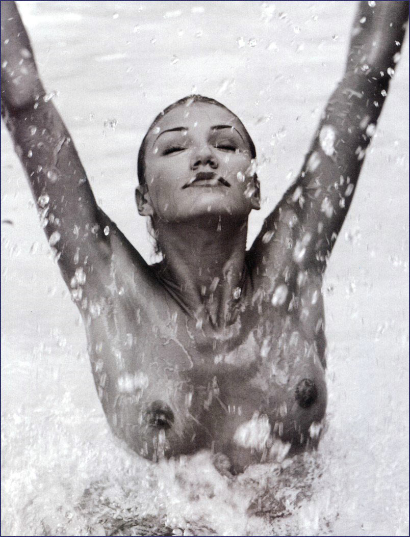 Porn pic Female masturbating clit stimulation