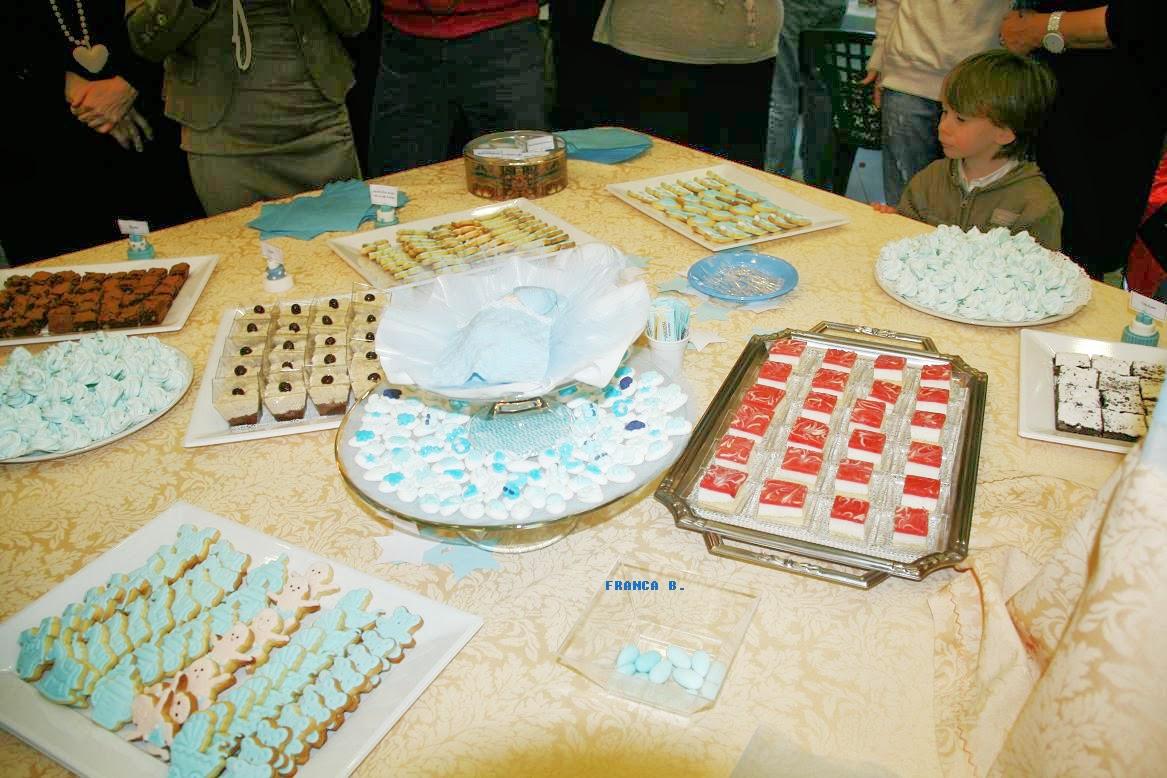 Buffet Di Dolci Battesimo : Rosso food buffet di dolci realizzato da pasticceria