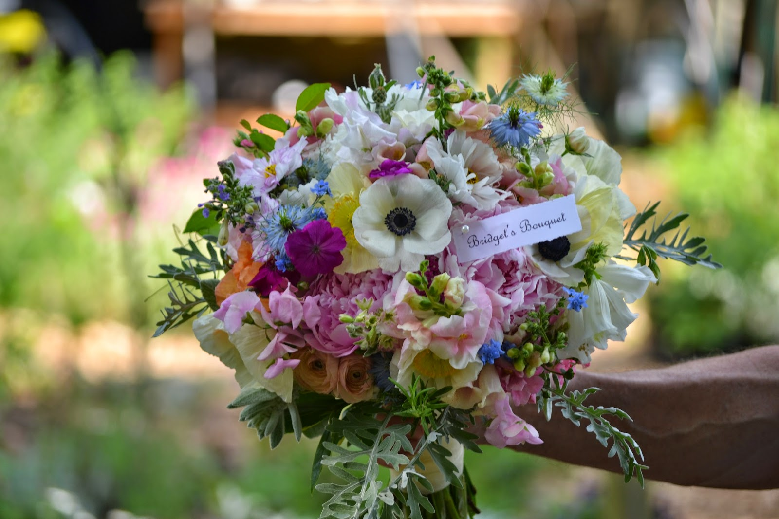 wedding flowers arrangements work grow