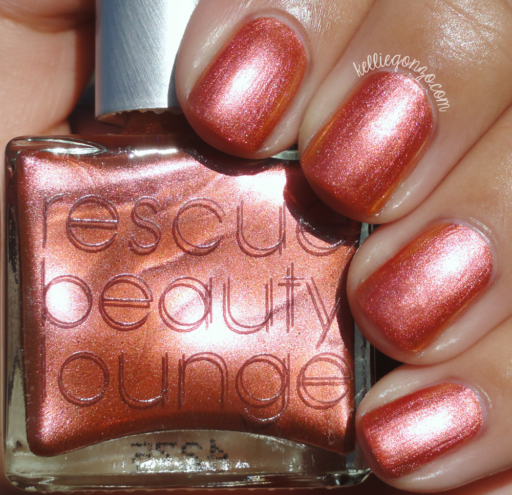 Rescue Beauty Lounge Elvis In the Cloud