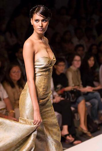 Soumik Kar Oozes Couture