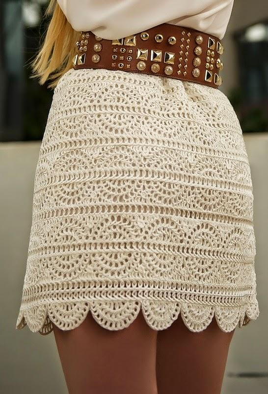 Pollera elegante tejida con ganchillo