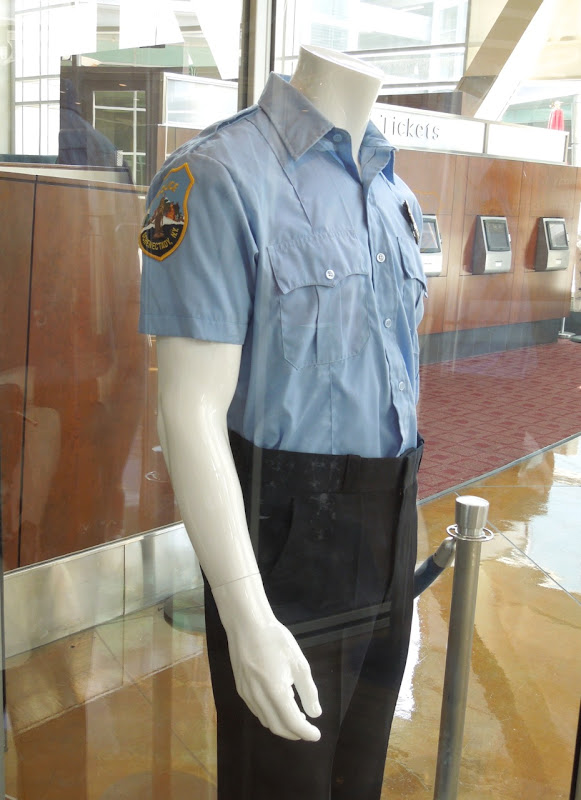 Avery police uniform Place Beyond The Pines