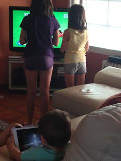 niños, vacaciones, verano, consolas, videojuegos, princesas