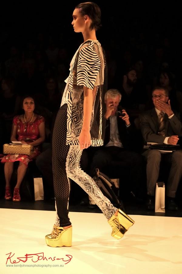Amy Le, New Byzantium : Raffles Graduate Fashion Parade 2013 - Photography by Kent Johnson.