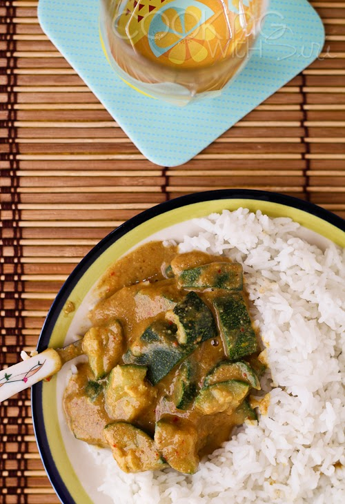 <b> Zero Oil Zucchini Curry </b>