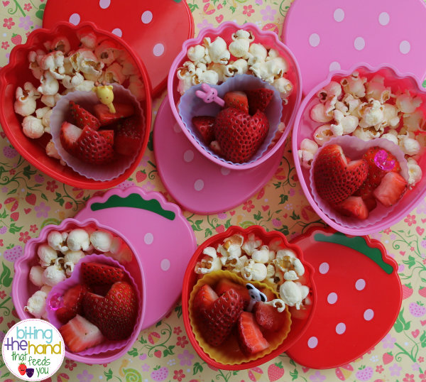 class school preschool snack parent ideas fun group kid children mini bento box strawberry