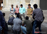 Allu Arjun Shruthi Hassan Race Gurram Movie New Working Stills+(11) Allu Arjun   Race Gurram Latest Working Stills