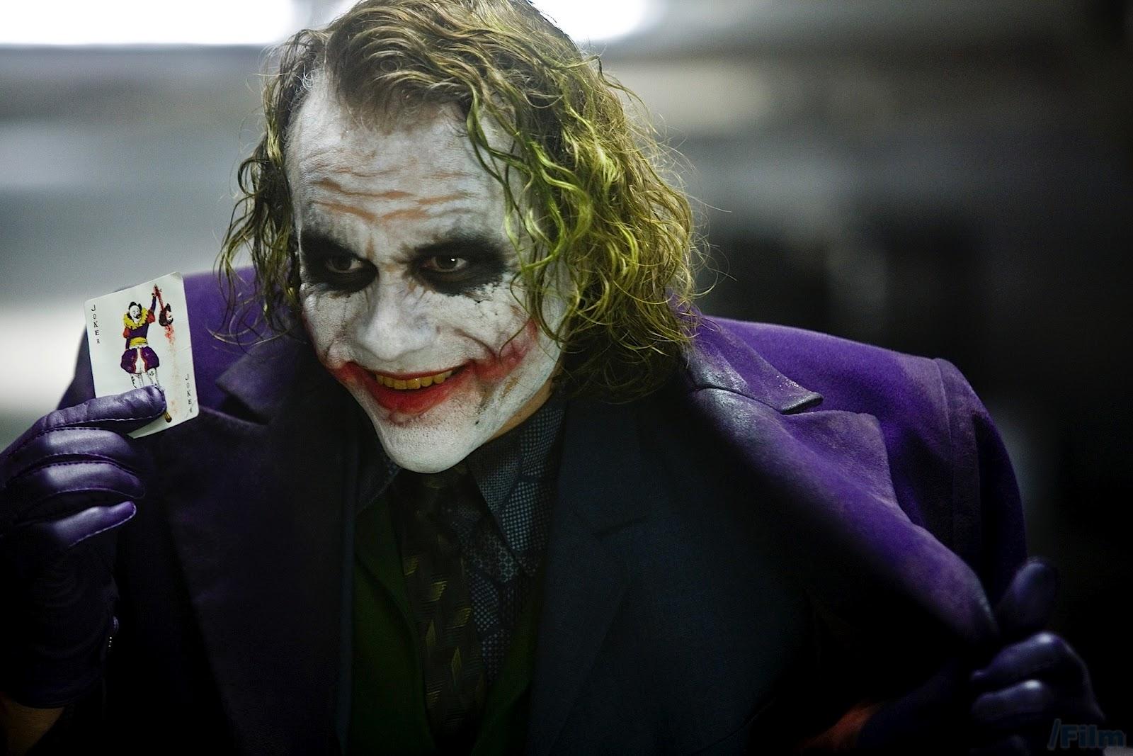 http://4.bp.blogspot.com/-sXV_MiVZ9mk/UCmQfPIwkOI/AAAAAAAAAF4/1k5eNxb6vdY/s1600/Joker-Heath-Ledger.jpg
