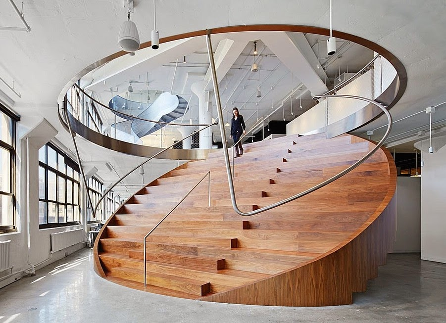 Delightful Cool Spaces For Work: Stair Doubles As Seating For Staff Meetings