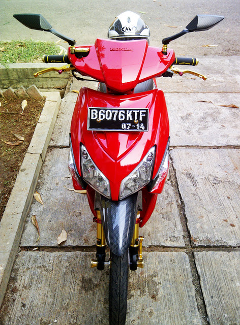 Modifikasi Vario CW Red Style