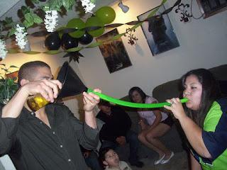 embudo para beber en fiestas