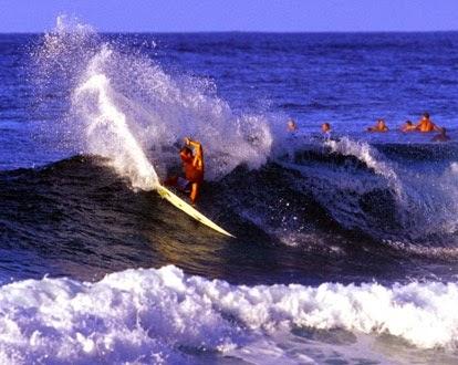 Surfing en las Islas Galápagos