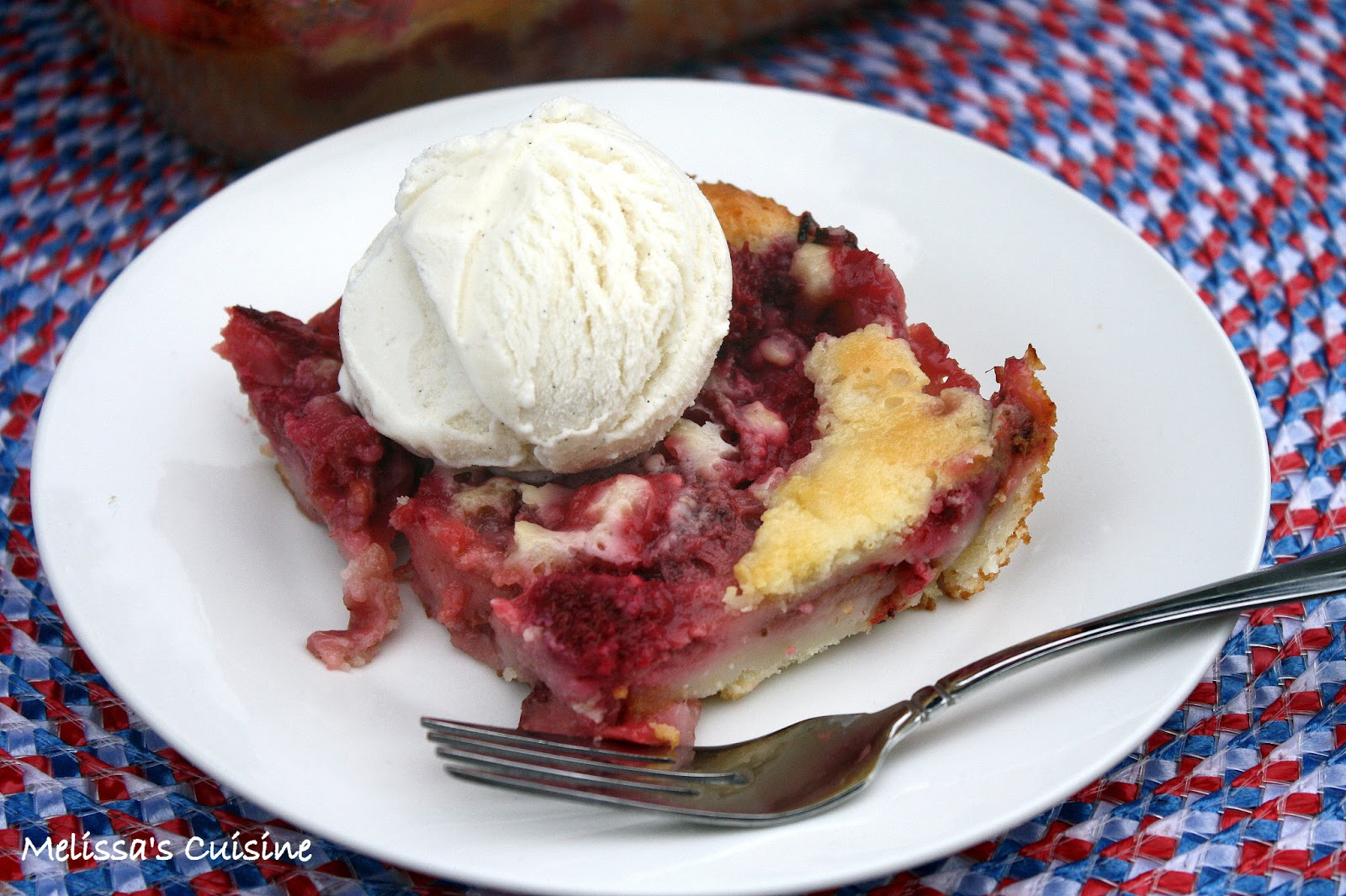 Melissa's Cuisine: Strawberry & Raspberry Cobbler