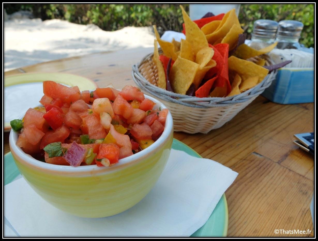Morada Bay Café Islamorada The Keys Florida nachos et salsa tomato