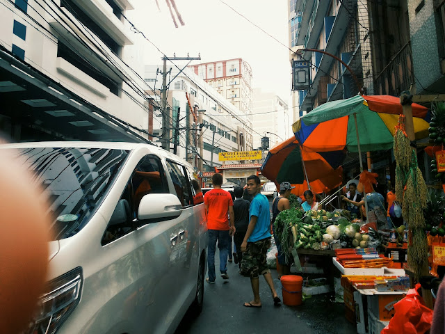 { holiday photo diary } | Awesome in Manila