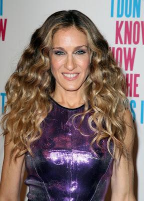 Sarah Jessica Parker Long Wavy Cut Hairstyle