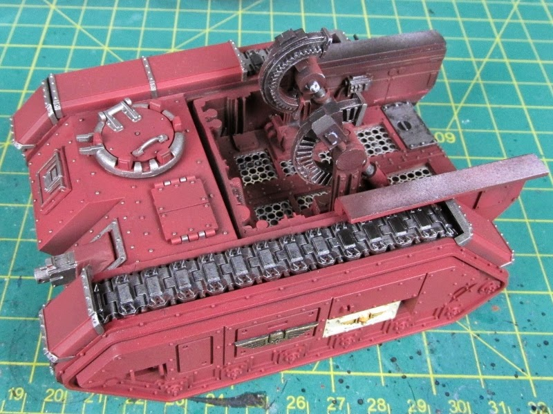 How to Lose at 40k*'**/WIP'R'Us: Painting Treads on a Tank, How to