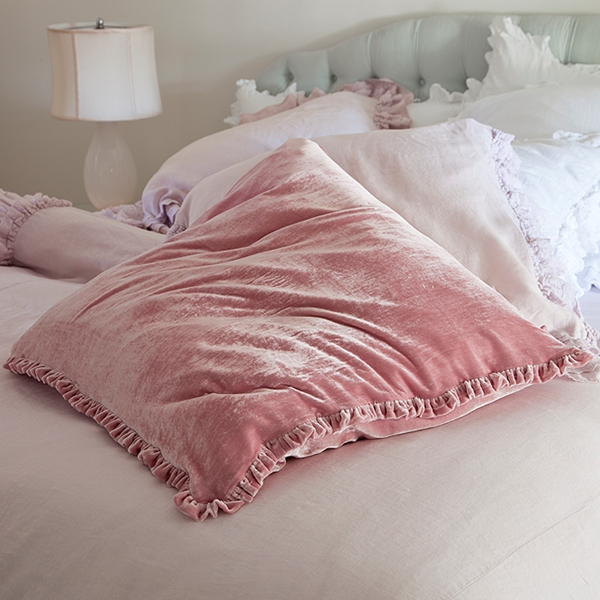Shabby Chic Bed Pillows : pastel blonde: December 2011