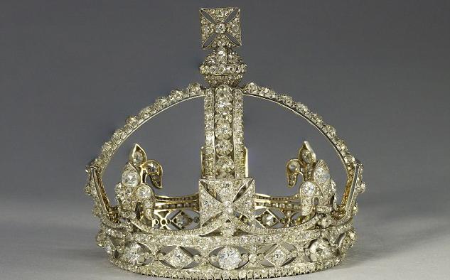 Queen Elizabeth to celebrate Diamond Jubilee with Diamond ...