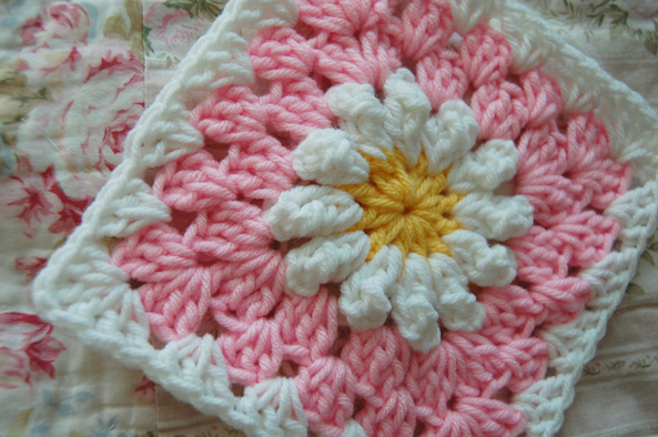 Tillie Tulip A Handmade Mishmosh Daisies On Pink