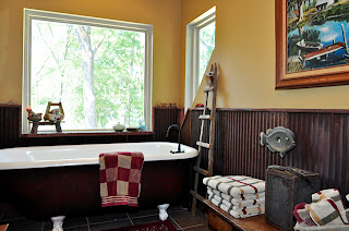Unique claw foot tub in upstairs bath