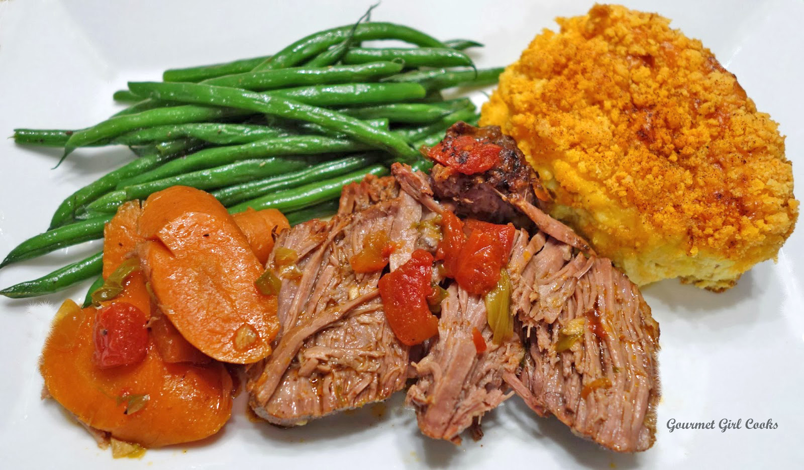 Gourmet Girl Cooks: Pot Roast -- Slow Roasted Southwestern Style