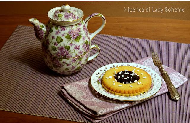 hiperica_lady_boheme_blog_di_cucina_ricette_gustose_facili_veloci_dolci_biscotti_occhio_di_bue