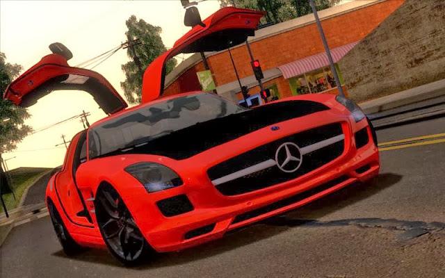 Kırmızı Mercedes Benz Yaması