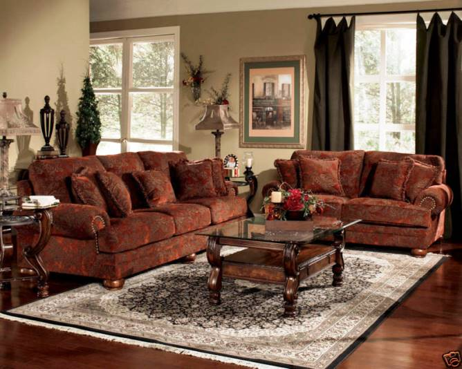 TRADITIONAL Sofas Living Room FURNITURE With Antique Table