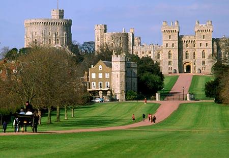 A-of Windsor Castle windsor castle england just west of london windsor castle is