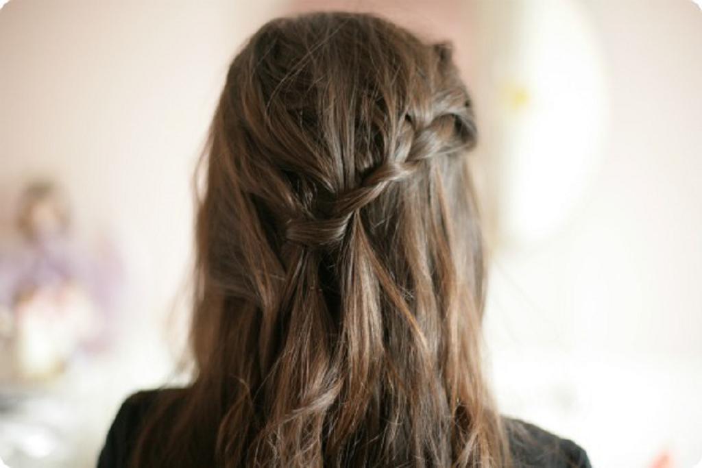 Peinados Con Trenzas Cascada - Cómo hacer una trenza en cascada 10 pasos (con fotos) wikiHow