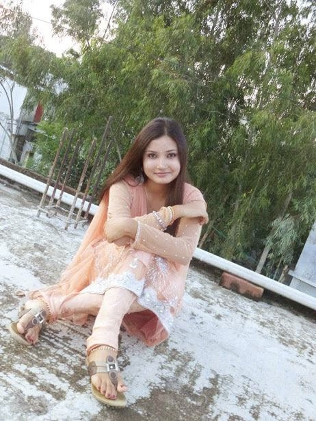 Pakistani Desi Beautiful Girls Images