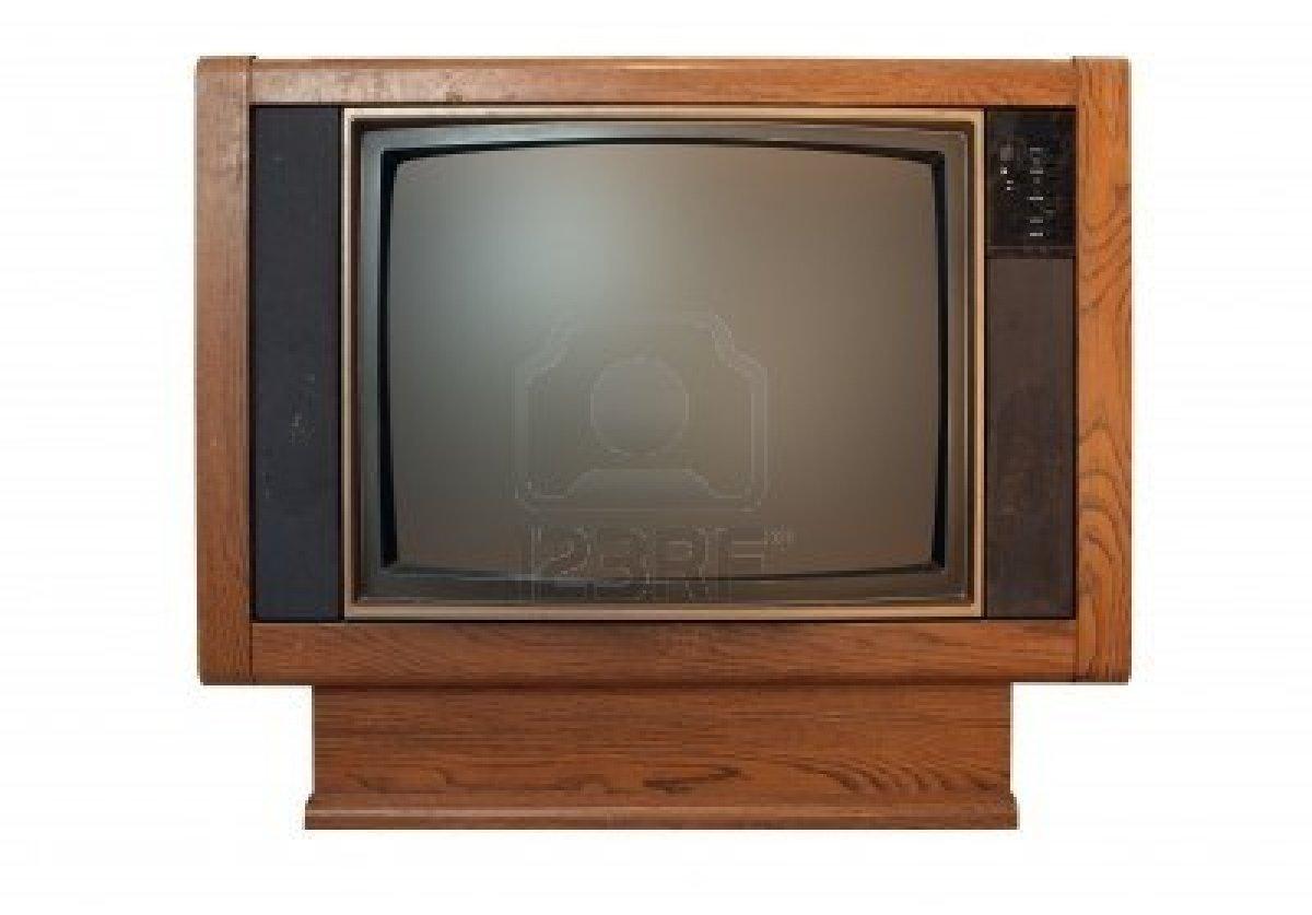 6350673-una-television-de-grano-de-madera-de-modelo-de-sucio-y