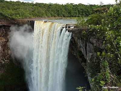 اجمل الشلالات العالم 1.1257285714.kaieteur-falls.jpg
