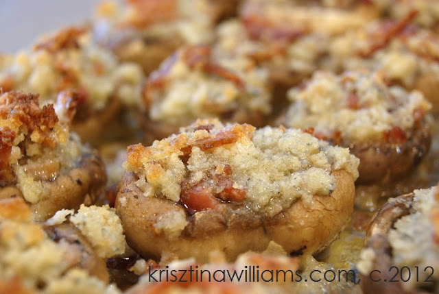 http://www.krisztinawilliams.com/2012/11/easy-appetizer-bacon-blue-cheese.html