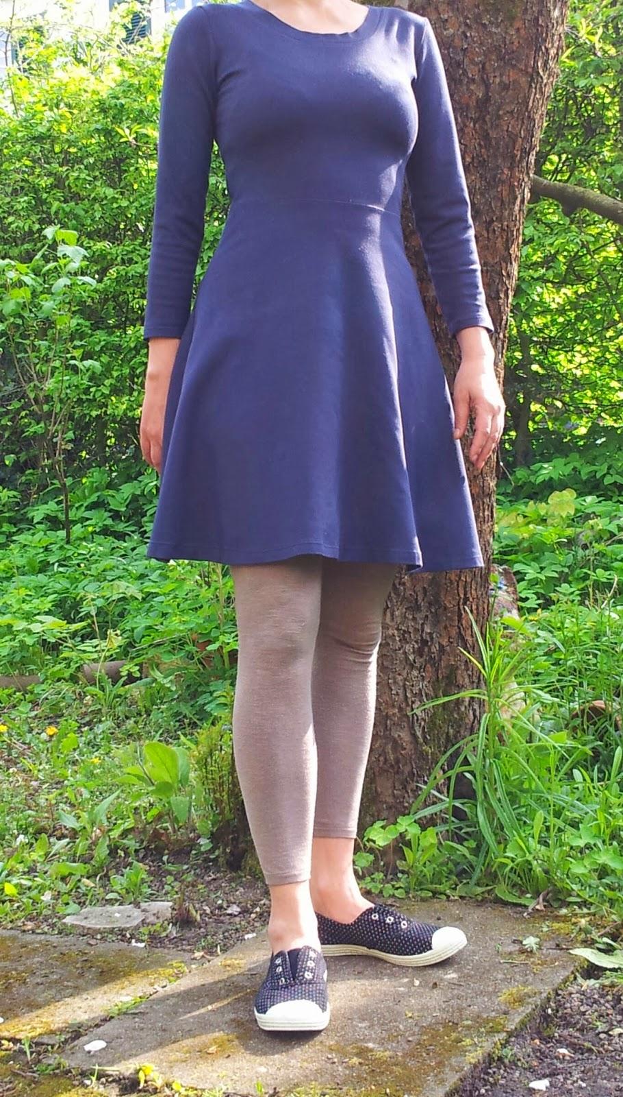 bunte kleider: MMM 16 Lady Skater Dress oder Yvonet für Dummies